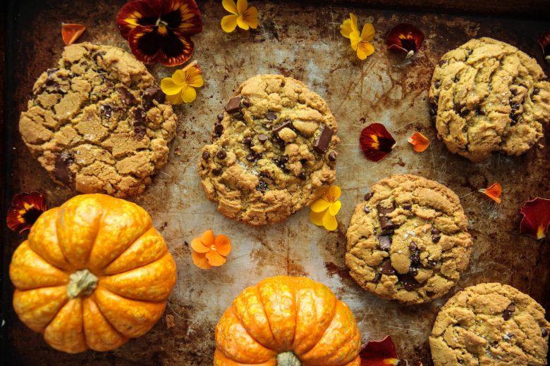 balkabaklı çikolatalı vegan kurabiye