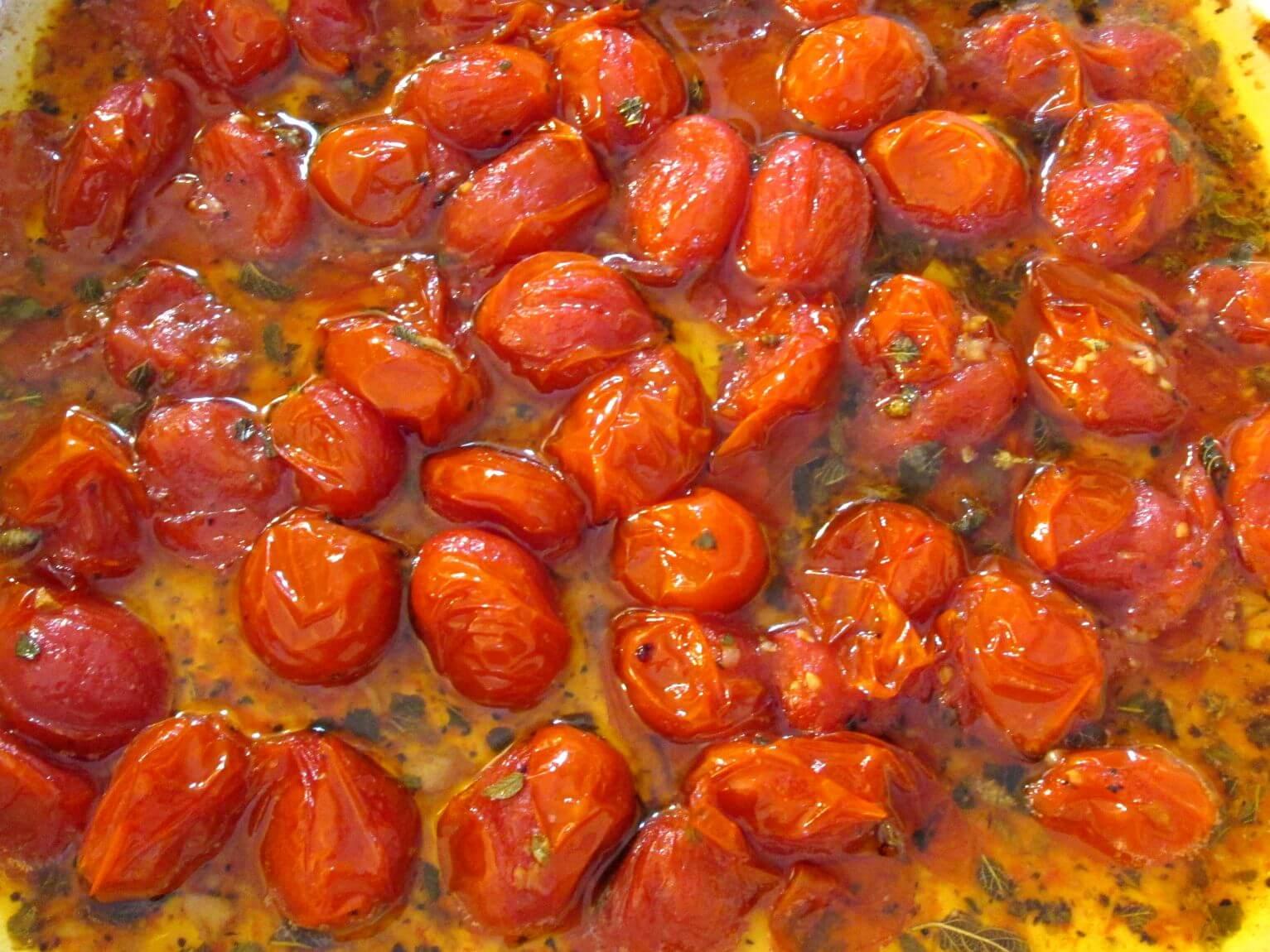 zeytinyağlı domates yemeği