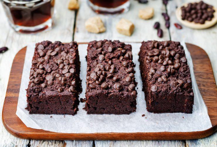 siyah fasulyeli brownie