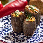 vegan kuru patlıcan dolması
