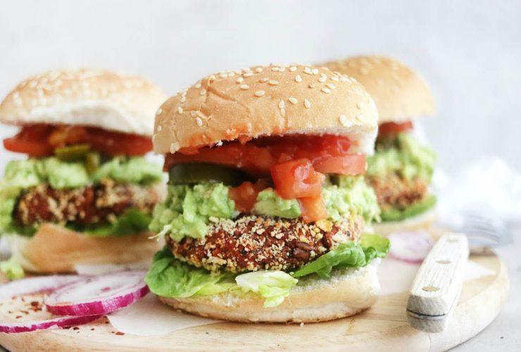 Meksika fasulyeli vegan burger