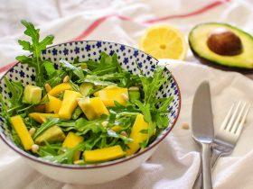 mangolu roka salatası
